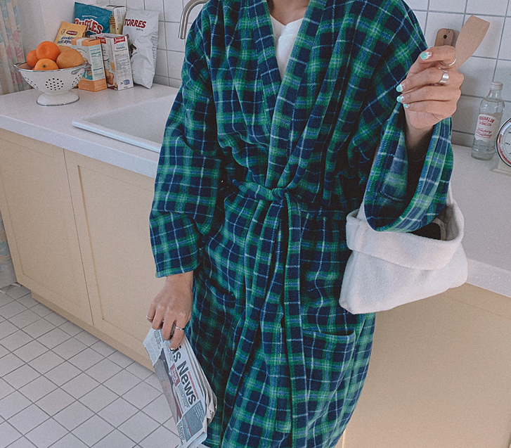 Dial check robe long cardigan